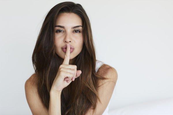 O que as mulheres não devem contar ao homem