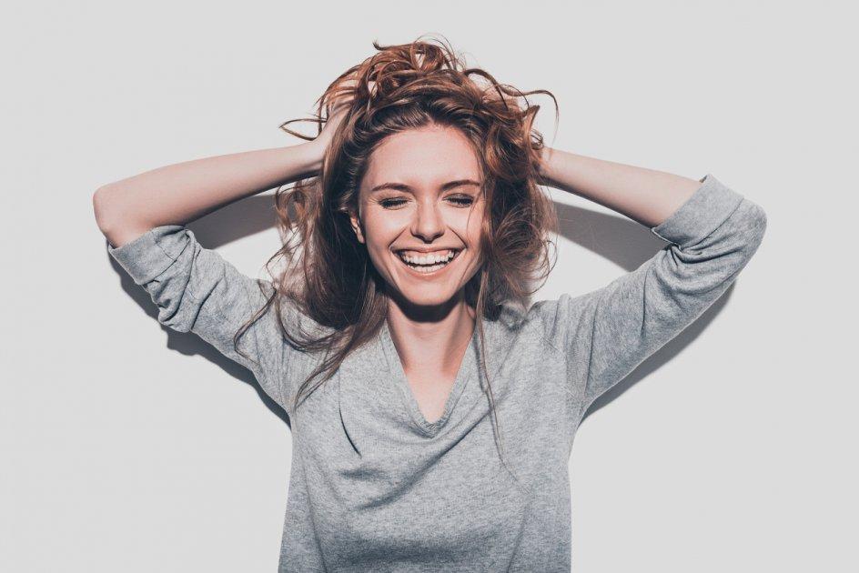 Mulher muito feliz