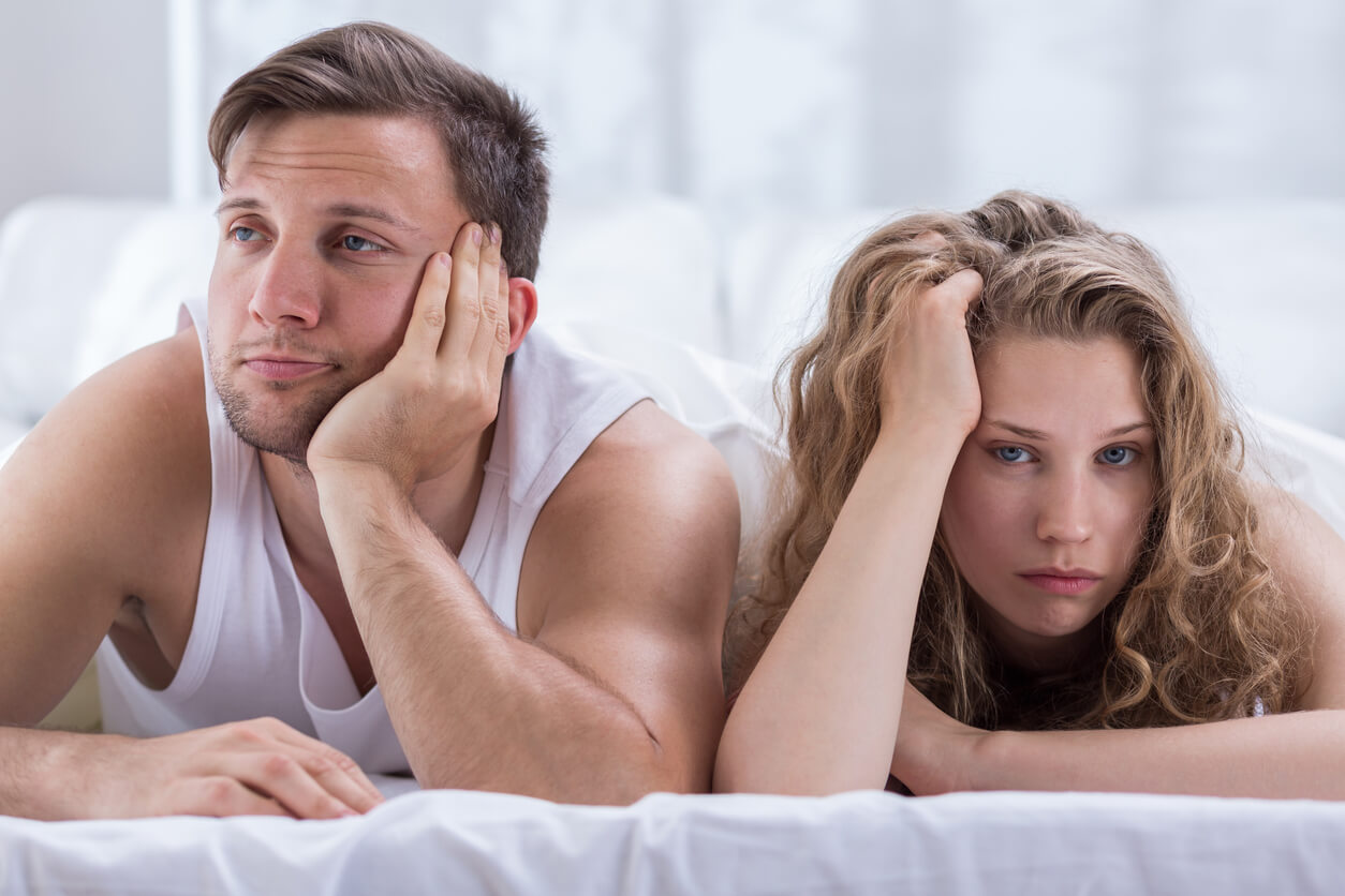casal insatisfeito