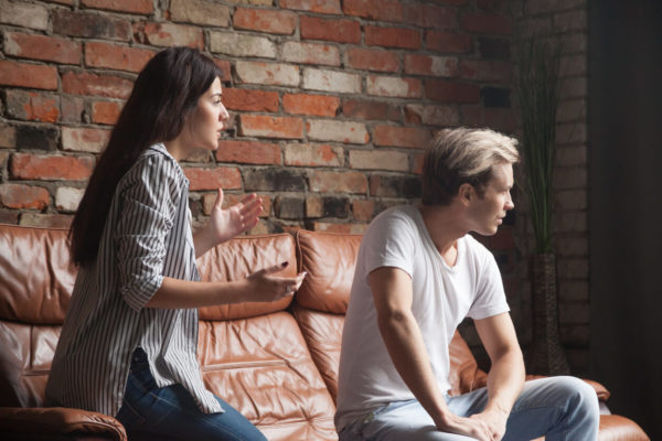 Como homens e mulheres devem resolver os problemas?